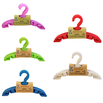 8PCS BABY CLOTHES HANGERS (5 ASSTD)